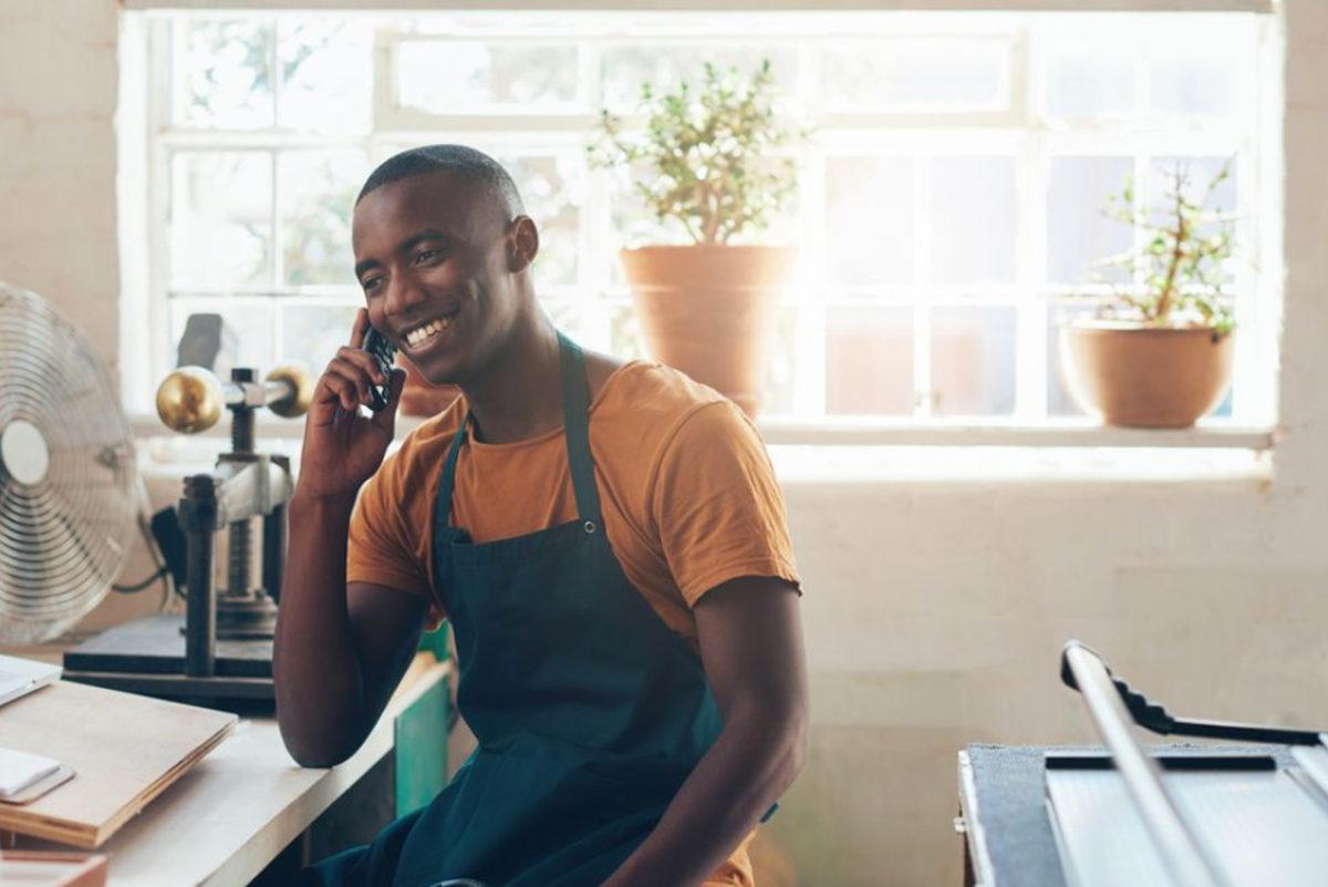 Service de mise en relation gratuit pour trouver un artisan - Les Indébat