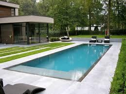 Piscine la roche sur yon jem piscines r seau les indebat for Accessoire piscine la roche sur yon